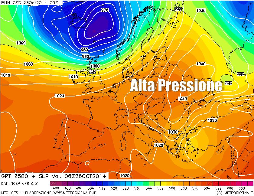 Previsione per domenica 26 ottobre in quota (500 hPa) e al suolo. Fonte GFS.