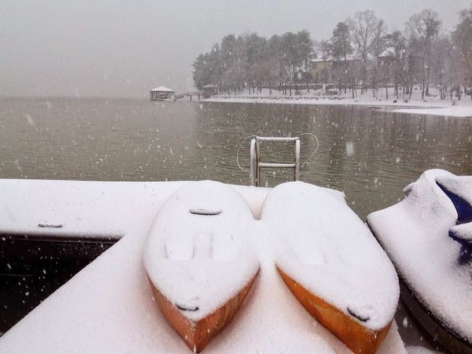 Neve nelle coste della Grecia, fonte foto meteo-news.gr.