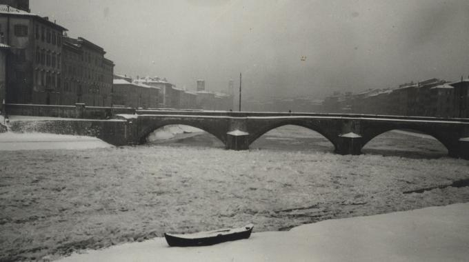 2609673 arno1929 - Arno ghiacciato. Quando il freddo fu così terribile da gelare i fiumi italiani