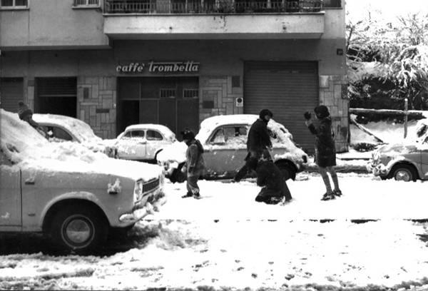 post 2 1135431551 - Foto storica nevicata Gennaio 1985 su Roma