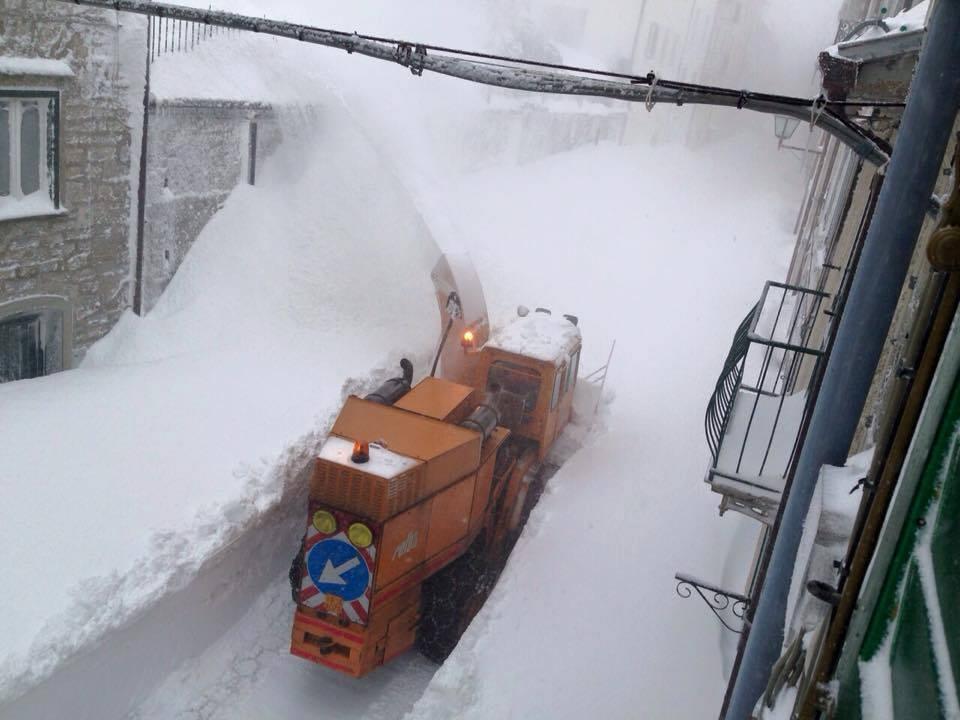 07 mar 15 capracotta11 - Record mondiale di nevosità a Capracotta?