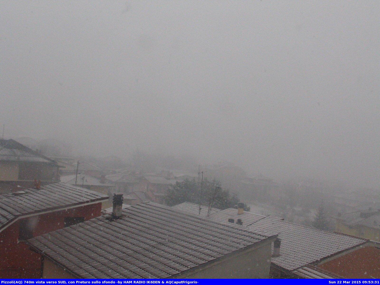 22 mar 15 pizzoli - Nevica sull'Appennino Centrale