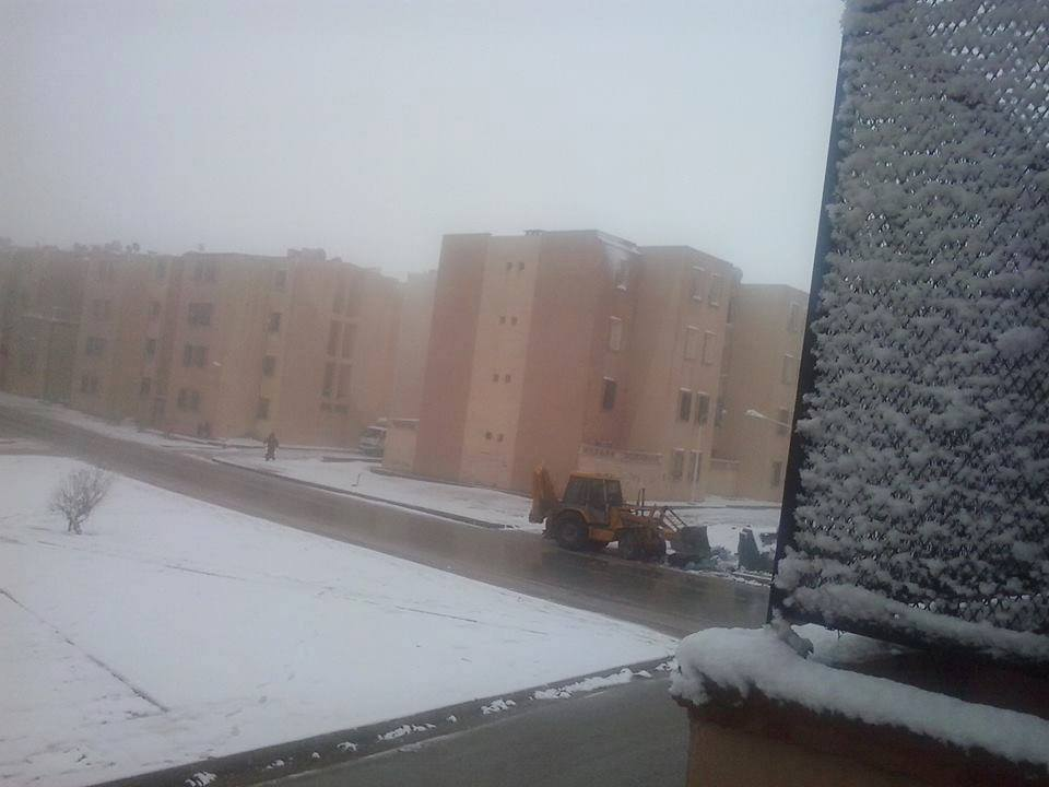 26 mar 15 algeria3 - Nevica in Algeria, gelo sui monti del Sahara!