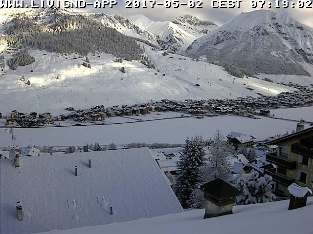 livigno - La nevicata del 1° Maggio in Lombardia